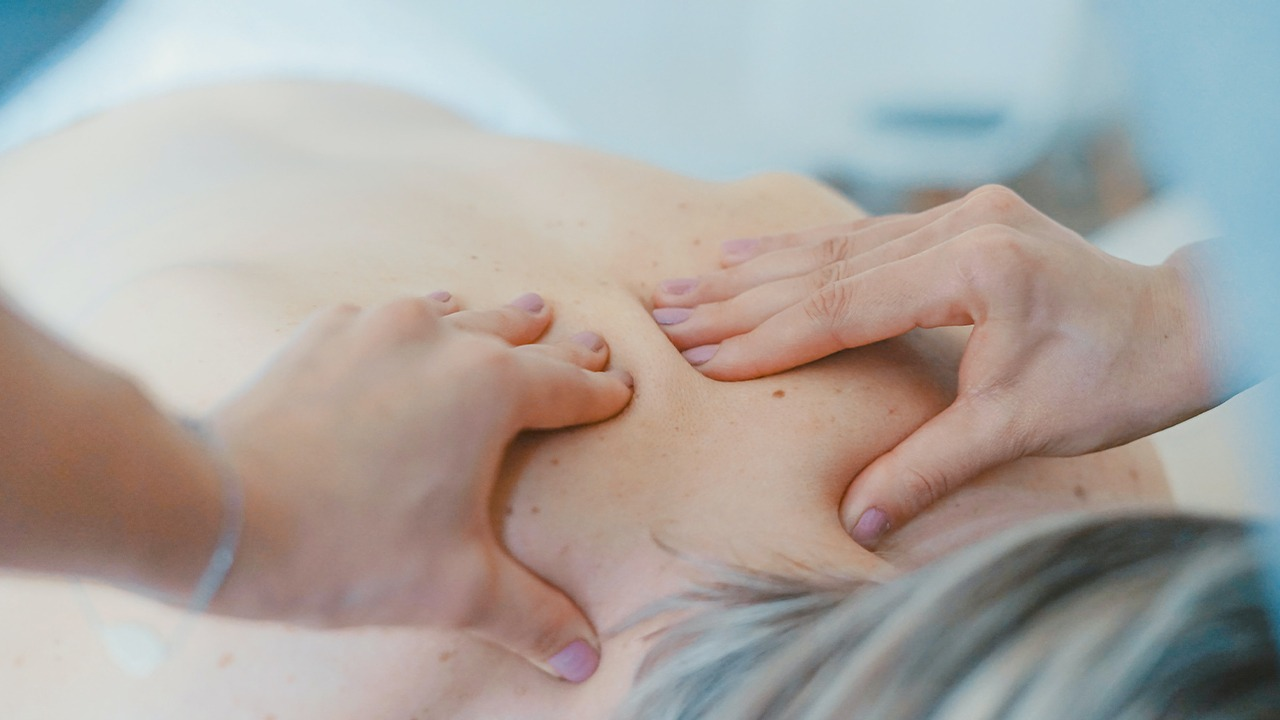 Massage Therapy in Chiropractor Henderson